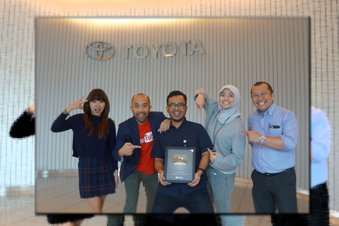 Youtube Channel Toyota Indonesia Raih Silver Play Button dari Google Indonesia